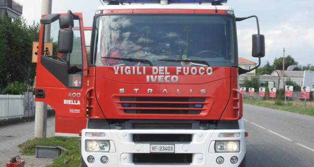 Automezzo vigili del fuoco
